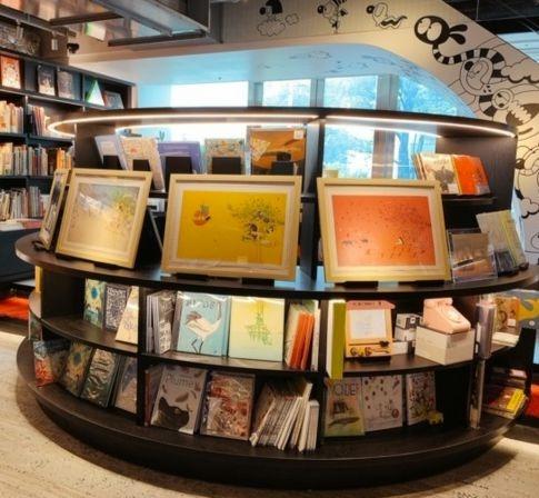 六本木 蔦屋書店『ツリーハウス』複製原画展